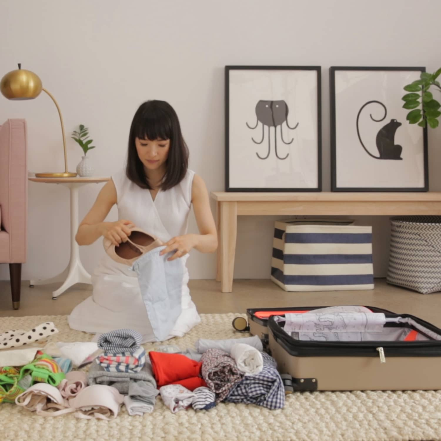 Marie Kondo Shows Us How To Pack A Suitcase | Apartment Therapy
