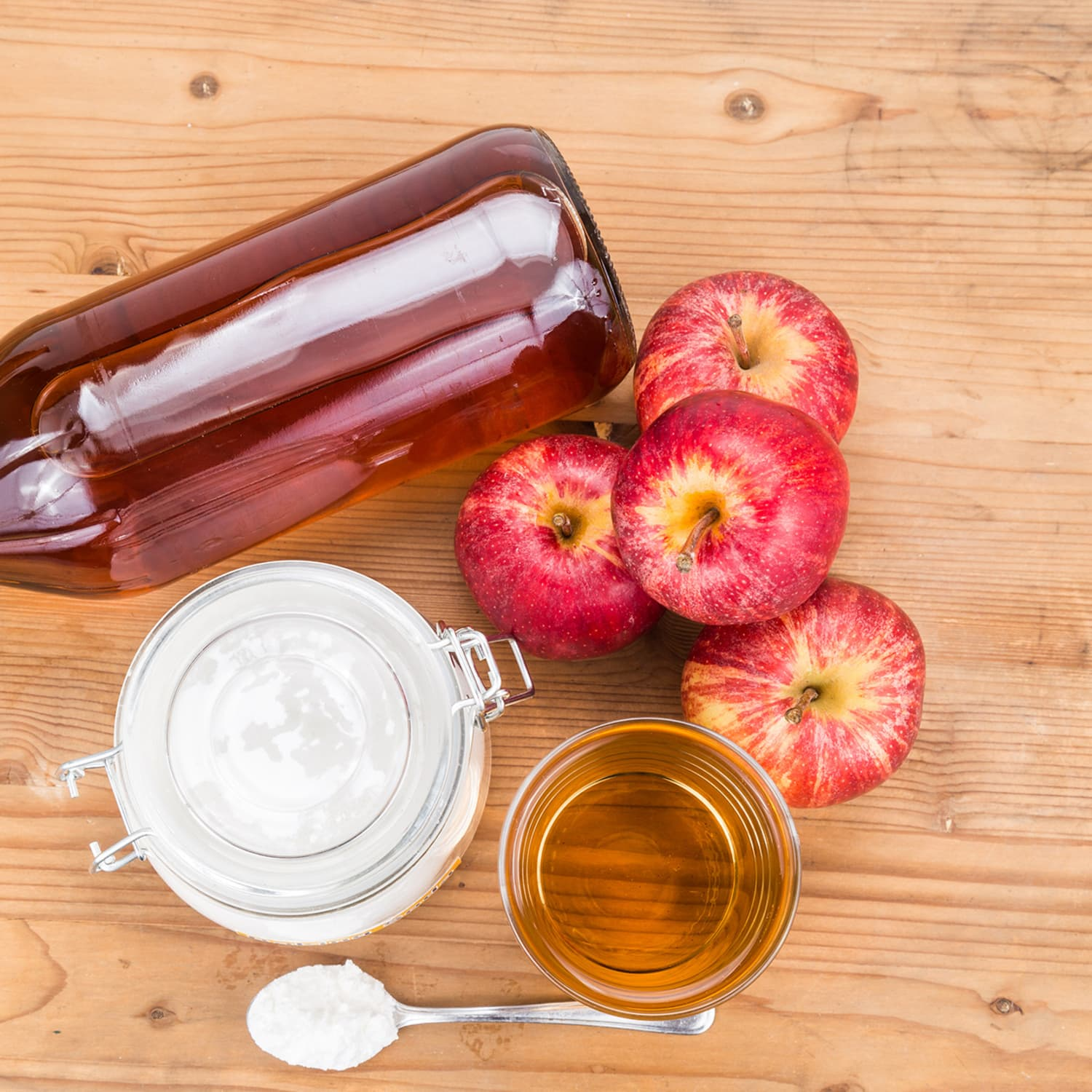 13 Ways to Clean Your Home with Apple Cider Vinegar | Apartment Therapy