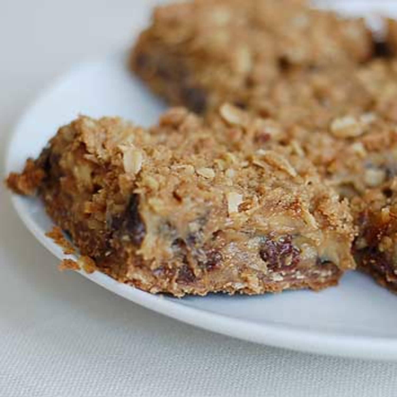 Recipe: Sour Cream-Raisin Bars | Kitchn
