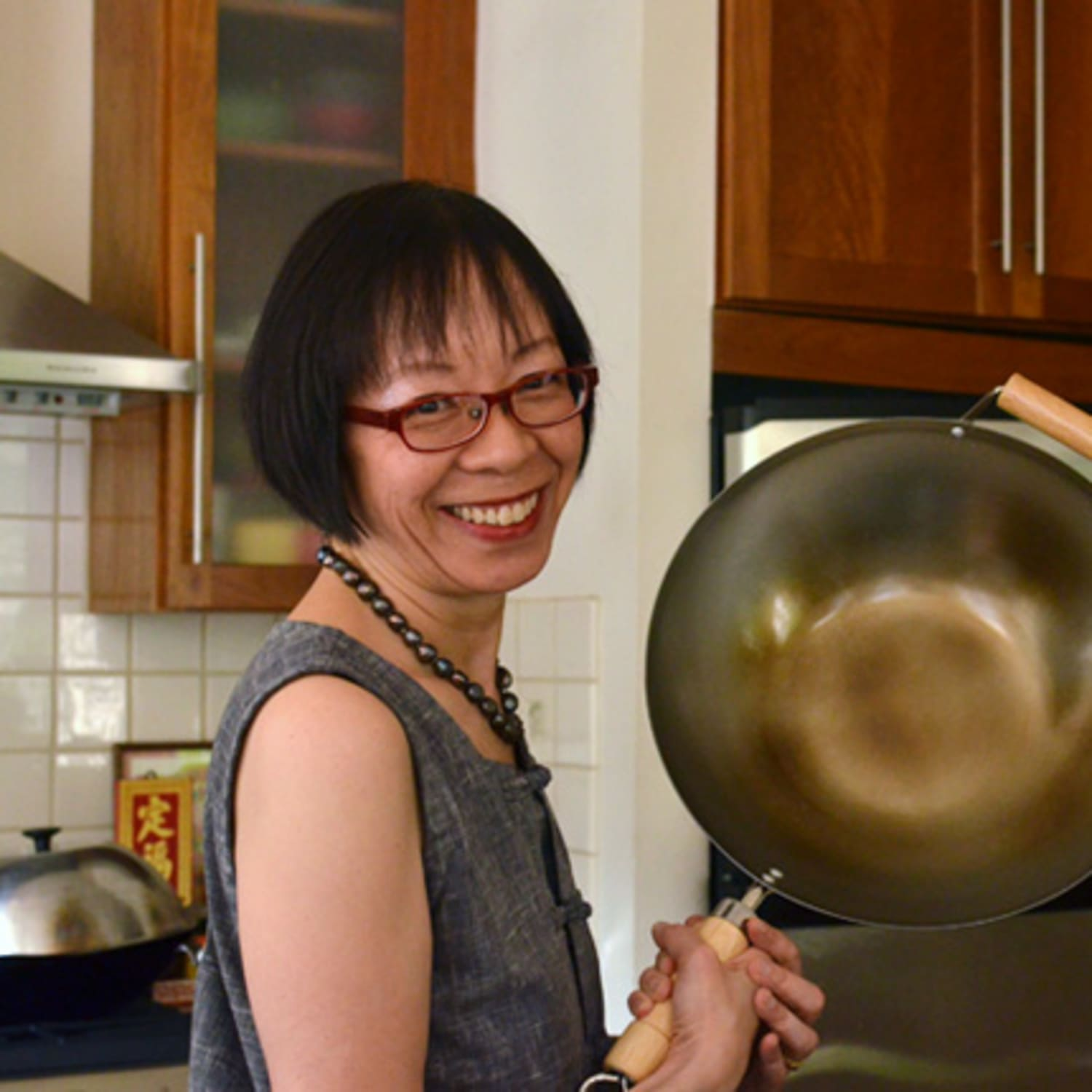 Master Quick and Healthy Wok Cooking: Grace Young's Best