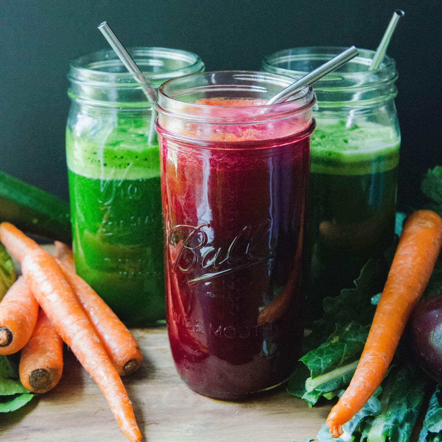 A Visual Guide to Juicing Vegetables: How Many Veggies Go in