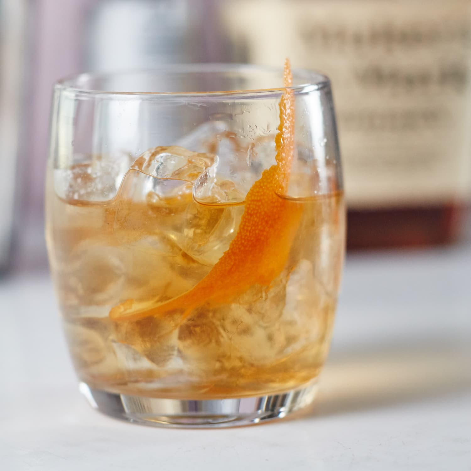 How To Make a Classic Old-Fashioned Cocktail