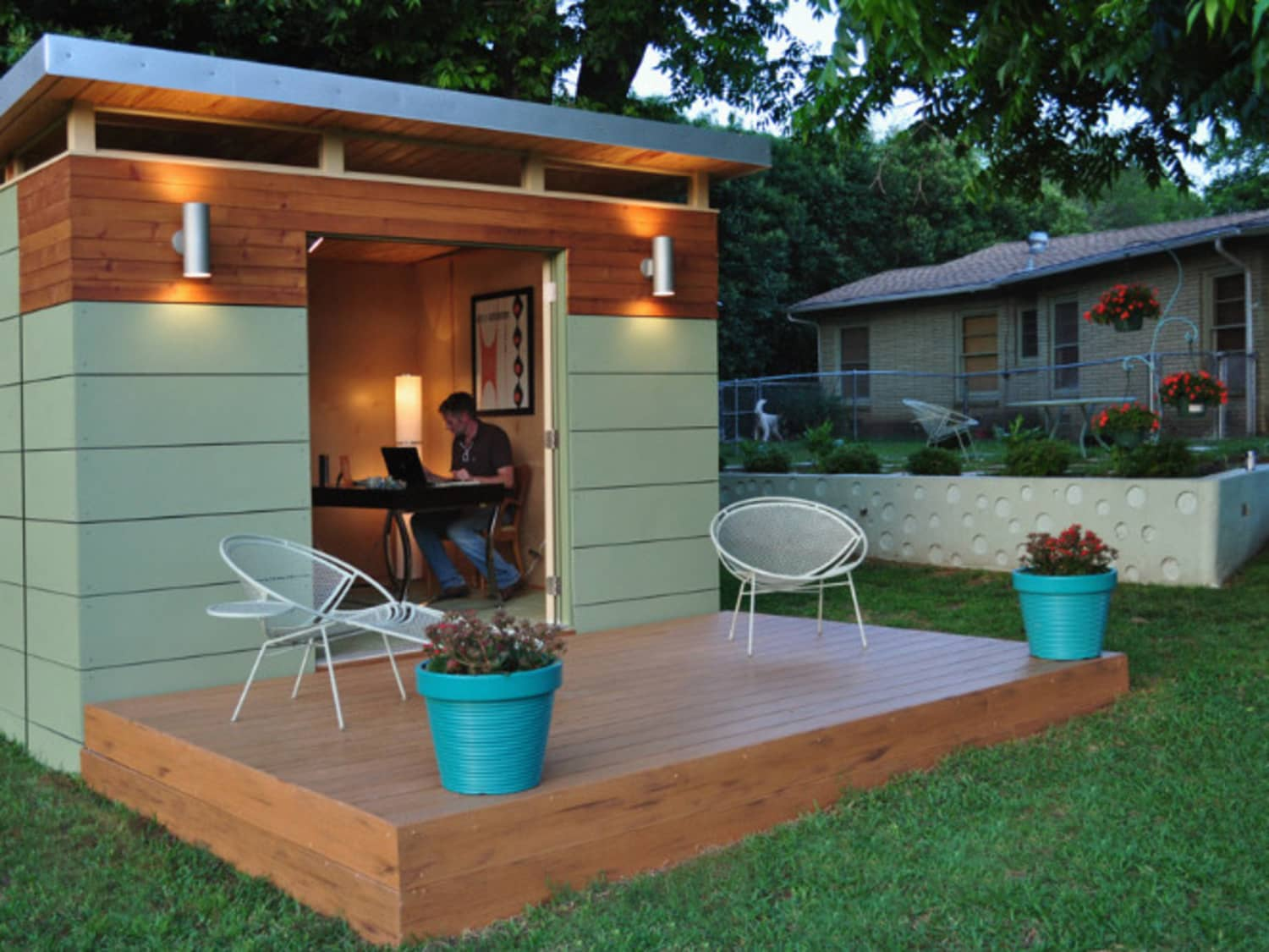 Backyard Offices 8 Modern Prefab Sheds Apartment Therapy