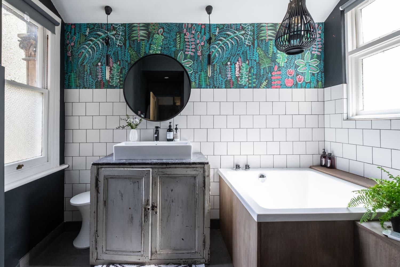 7 Bathroom Fixture Upgrades at Amazon for Under $100