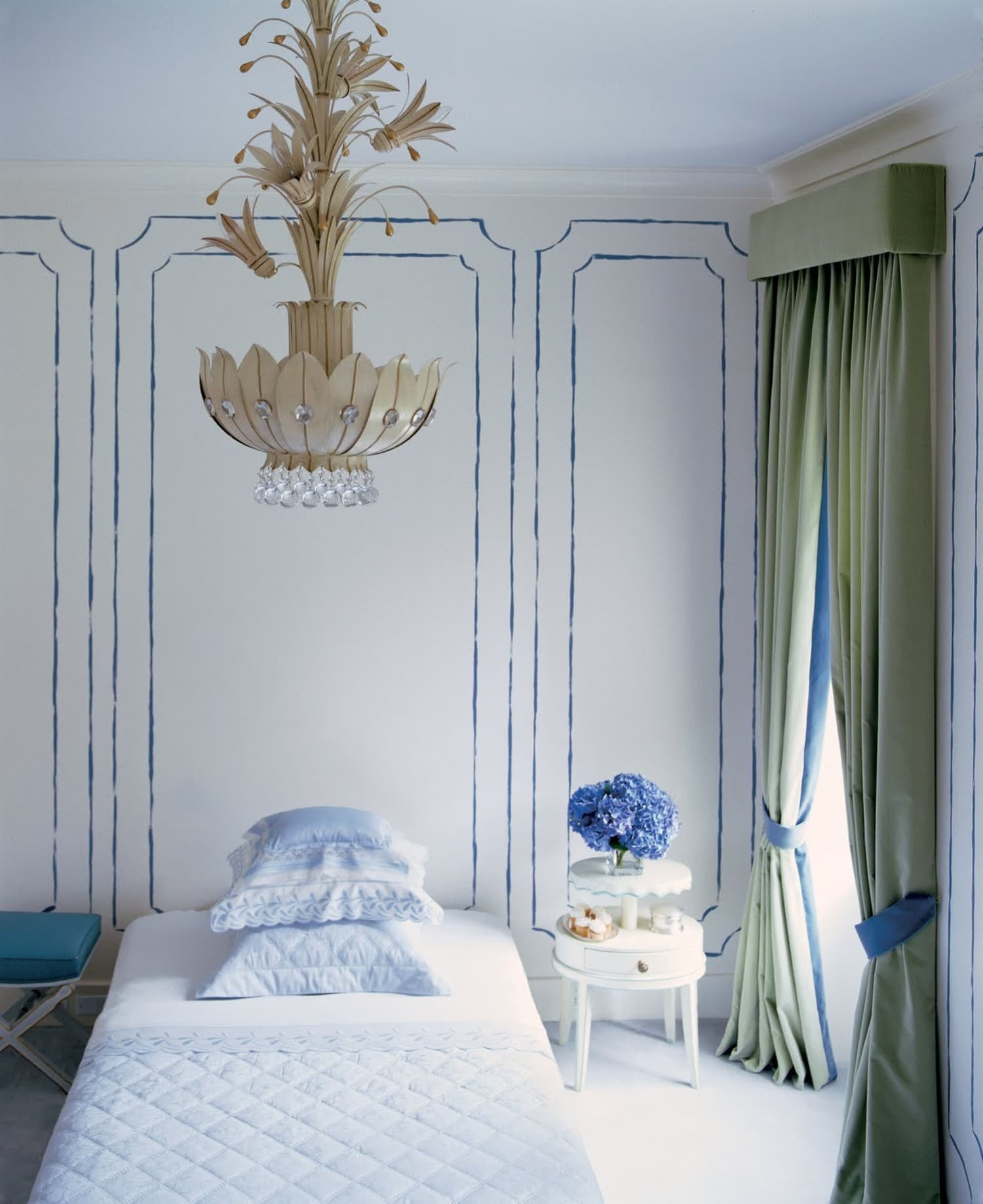 Six Times One Single Great Decorating Idea Took Up An Entire Wall