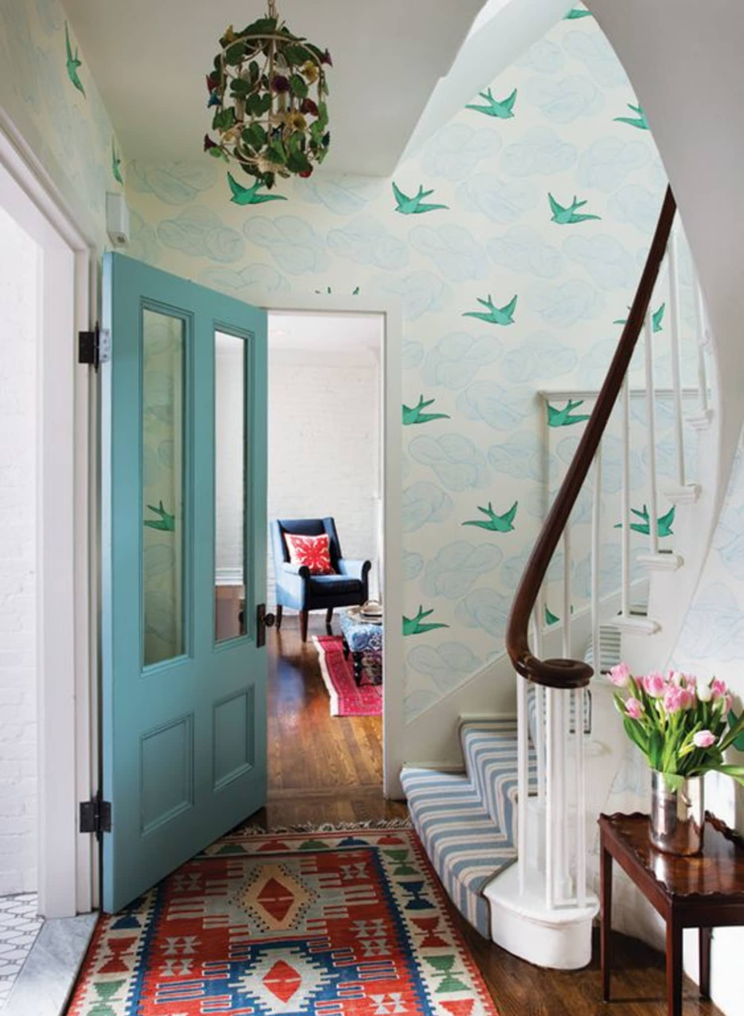 Design File: 51 Animal-Motif Wallpapers for the Daring Decorator