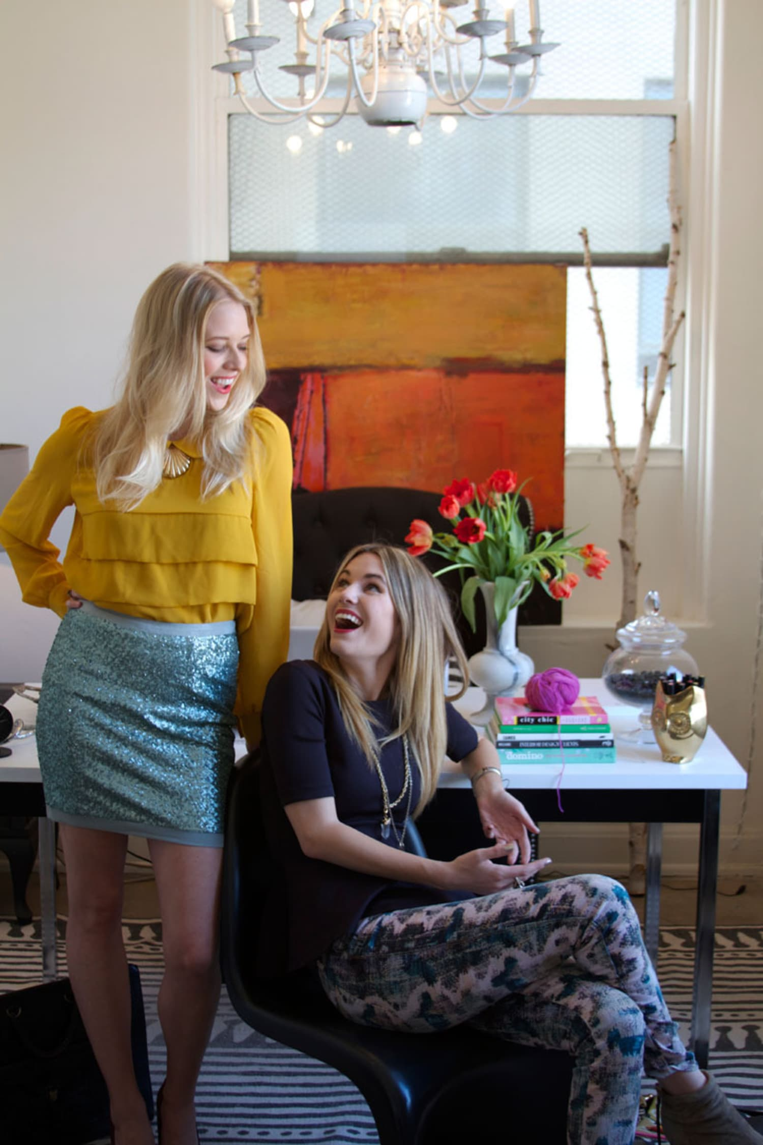 Head Over Heels with Someone New? How To Keep Your Friends in Focus, Too