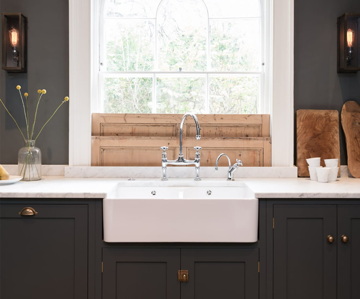 Farmhouse Fabulous: All About Apron Sinks