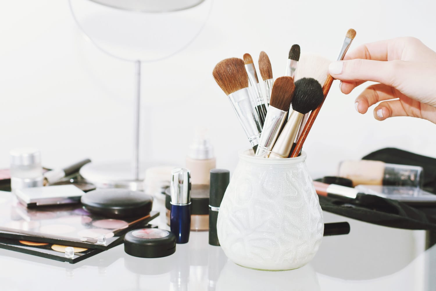 Make Over Your Makeup Area: 10 Vanity Organizing Solutions