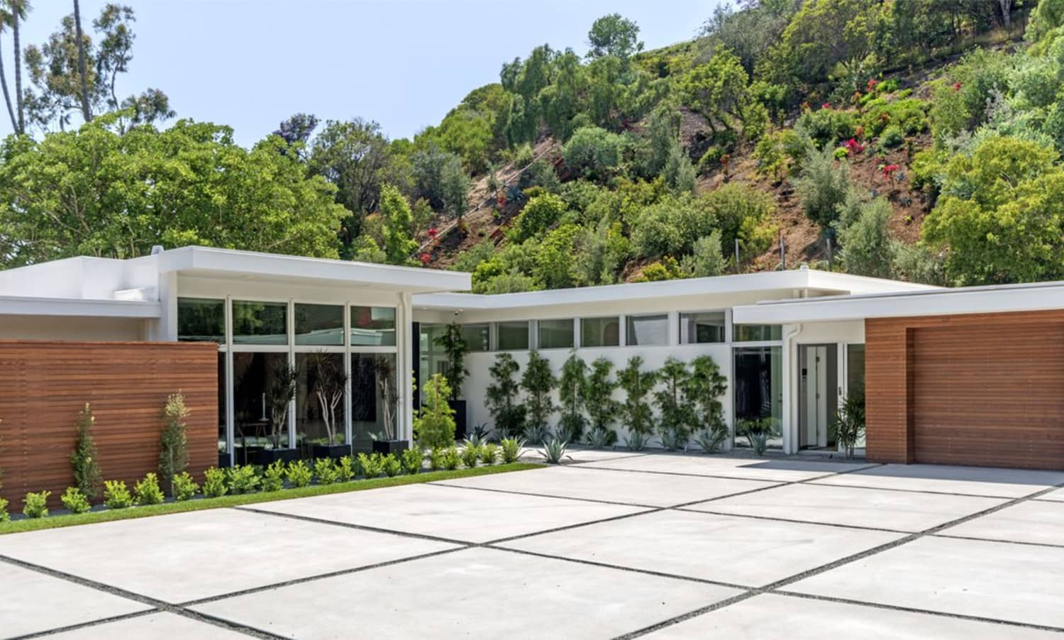Check Out Cindy Crawford's New $11.6M Beverly Hills Home