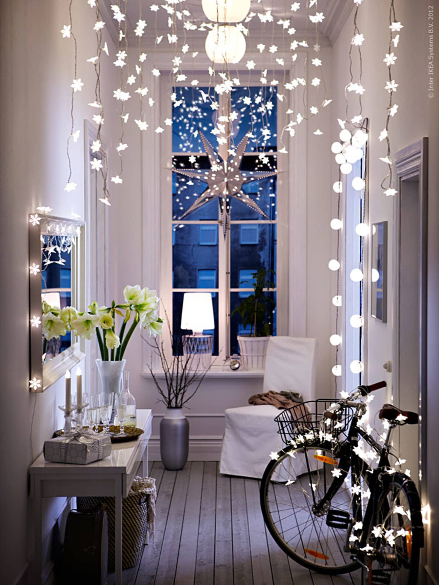 13 Ways to Use String Lights You (Maybe) Haven't Thought of Before