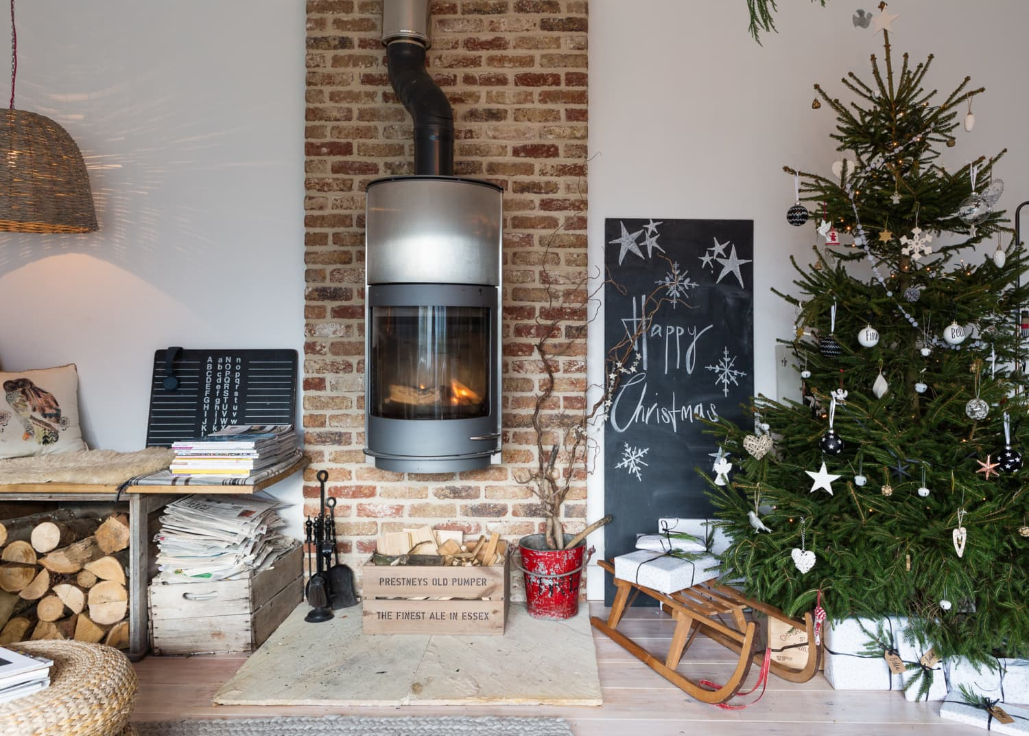 Our Absolute Favorite Christmas Tree Decorating Ideas for 2017