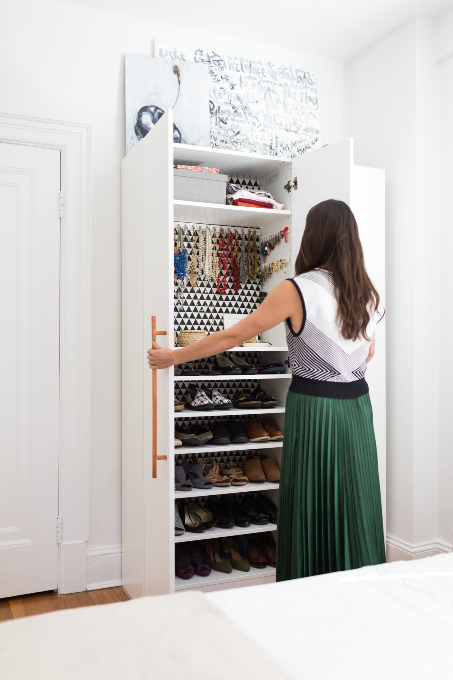 The Surprising Health Benefits of a Clean Closet