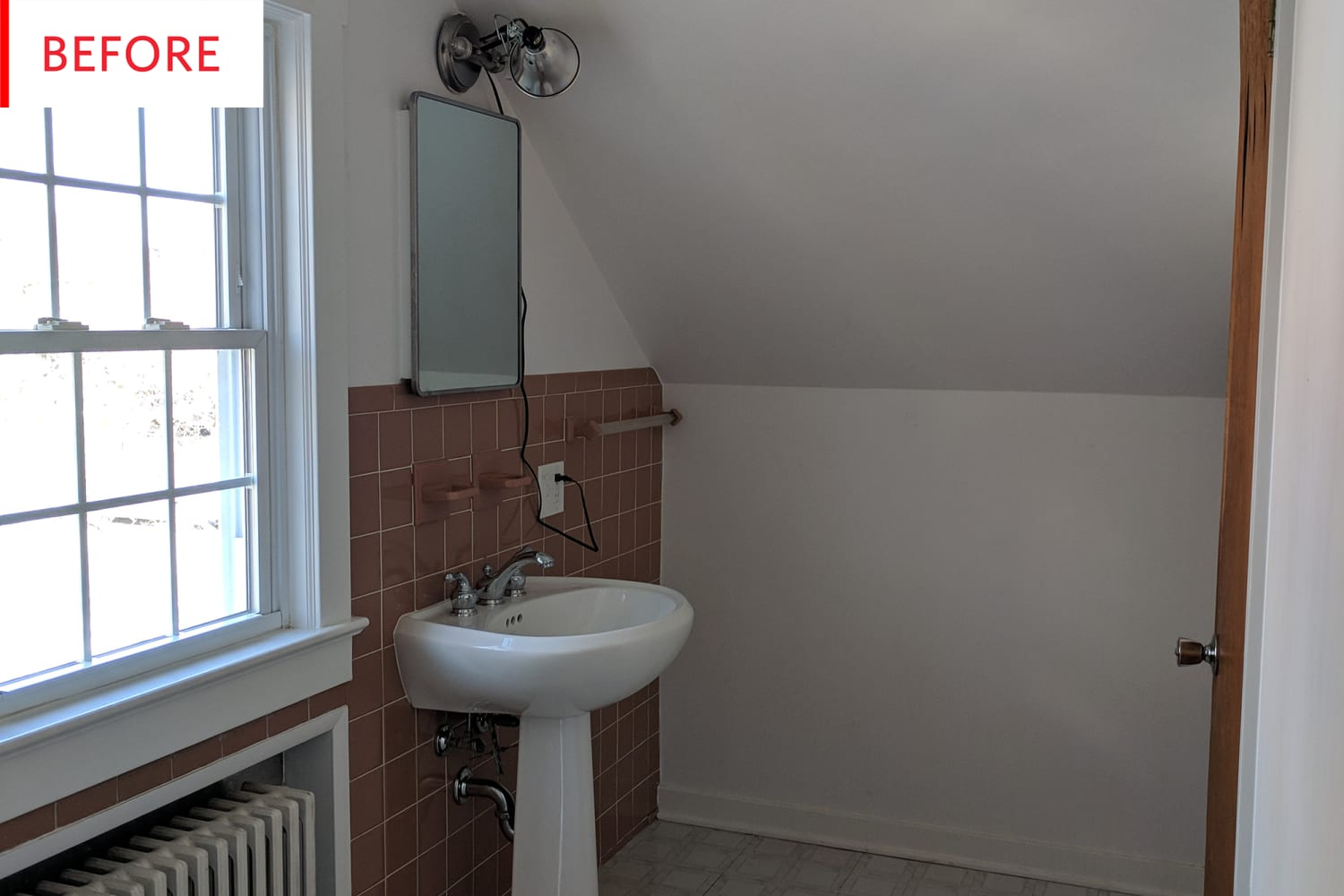 Before and After: This $4K Bathroom Is Now Living Its Best Life