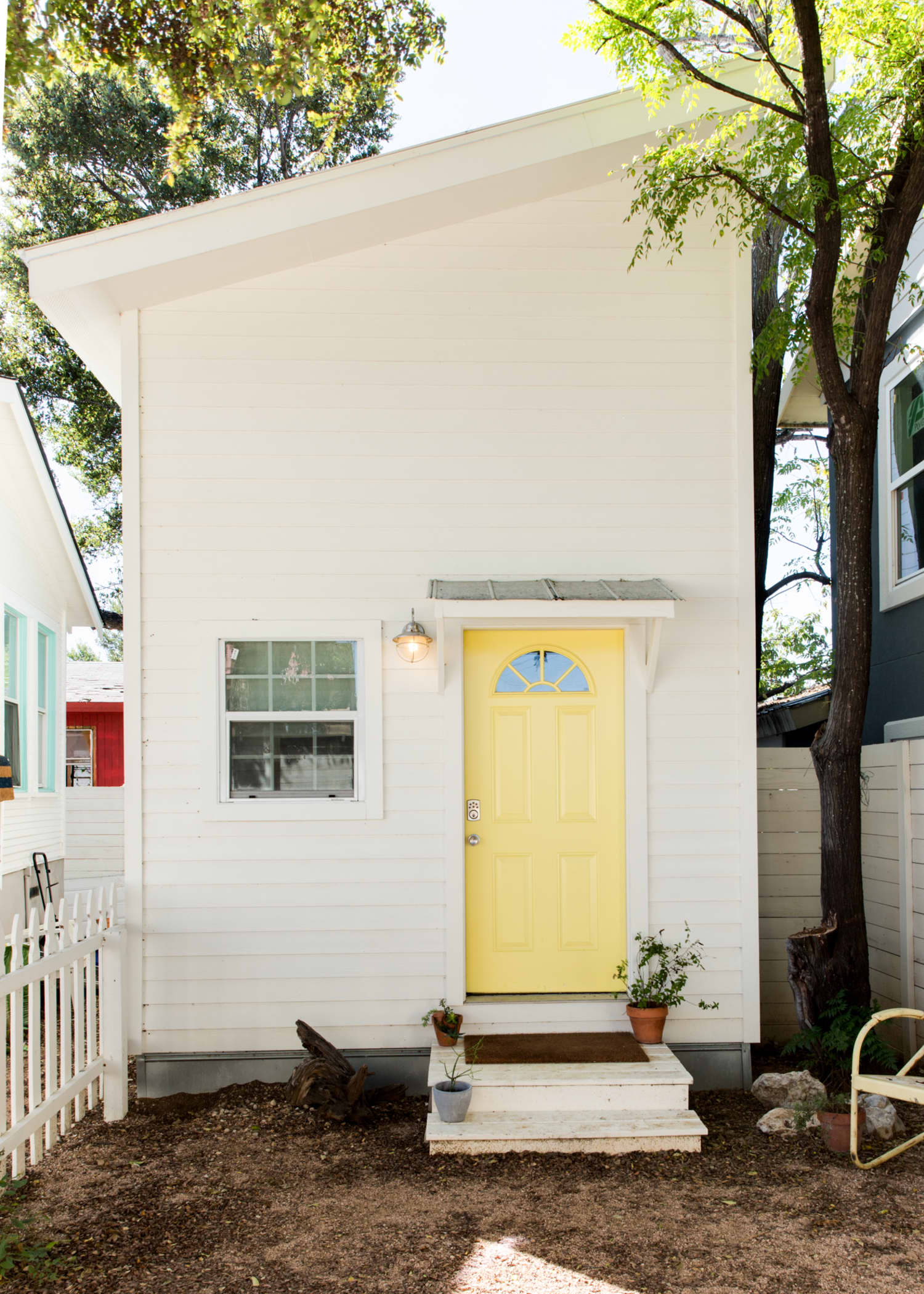 6 Money-Saving Habits to Steal from Smart Homeowners