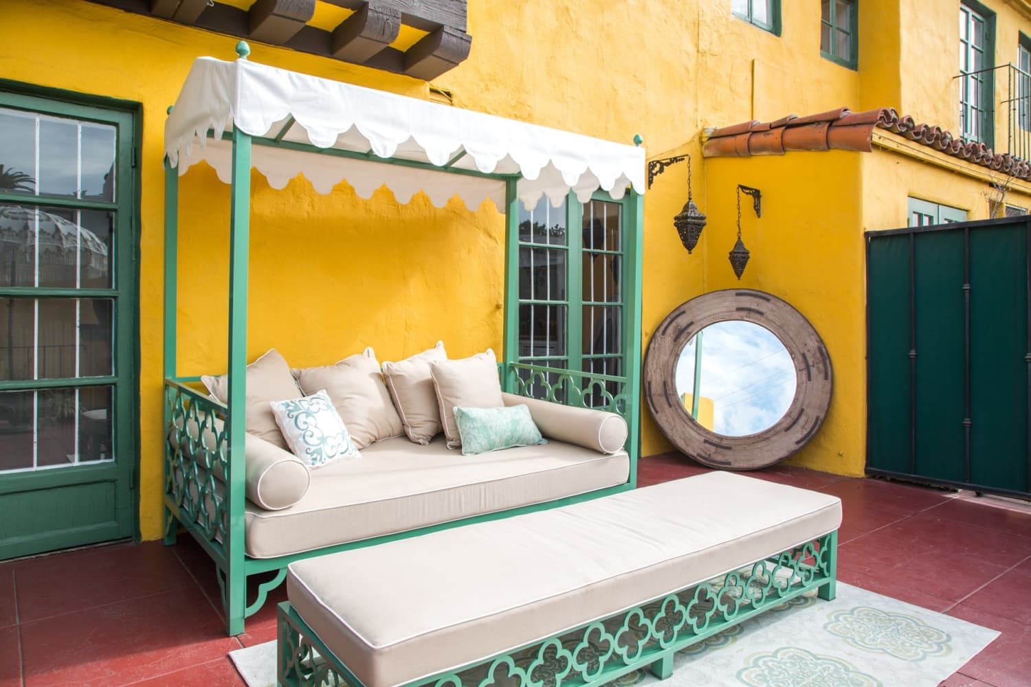 This is Our Favorite Outdoor Trend for Summer