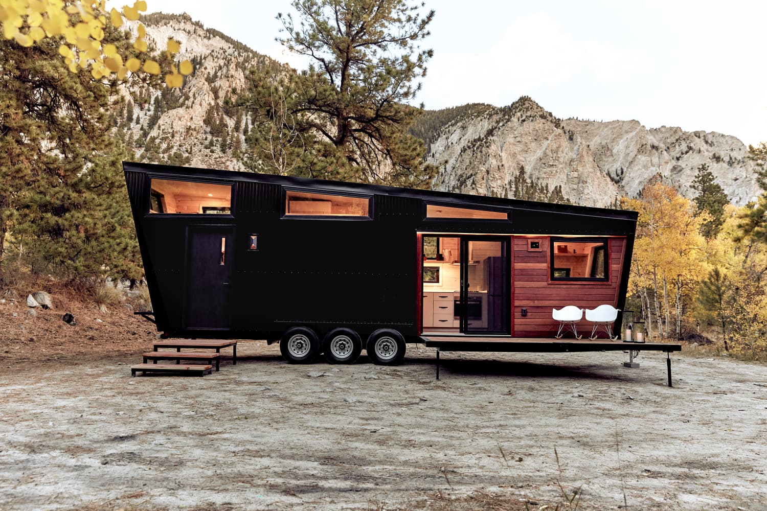 This 300-Square-Foot RV Is a Sleek, All-Black Abode