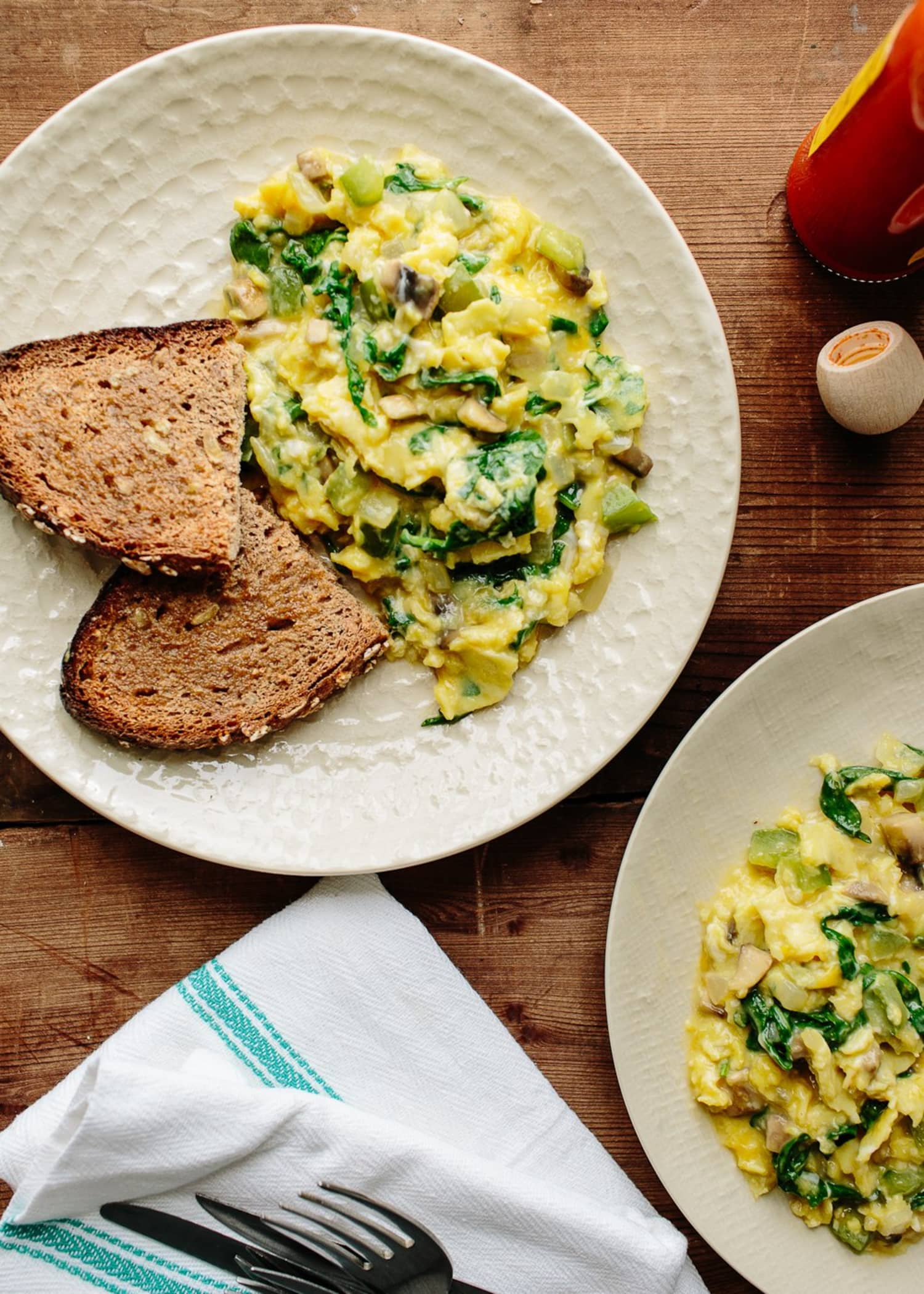 The 5 Rules of Ultimate Scrambled Eggs