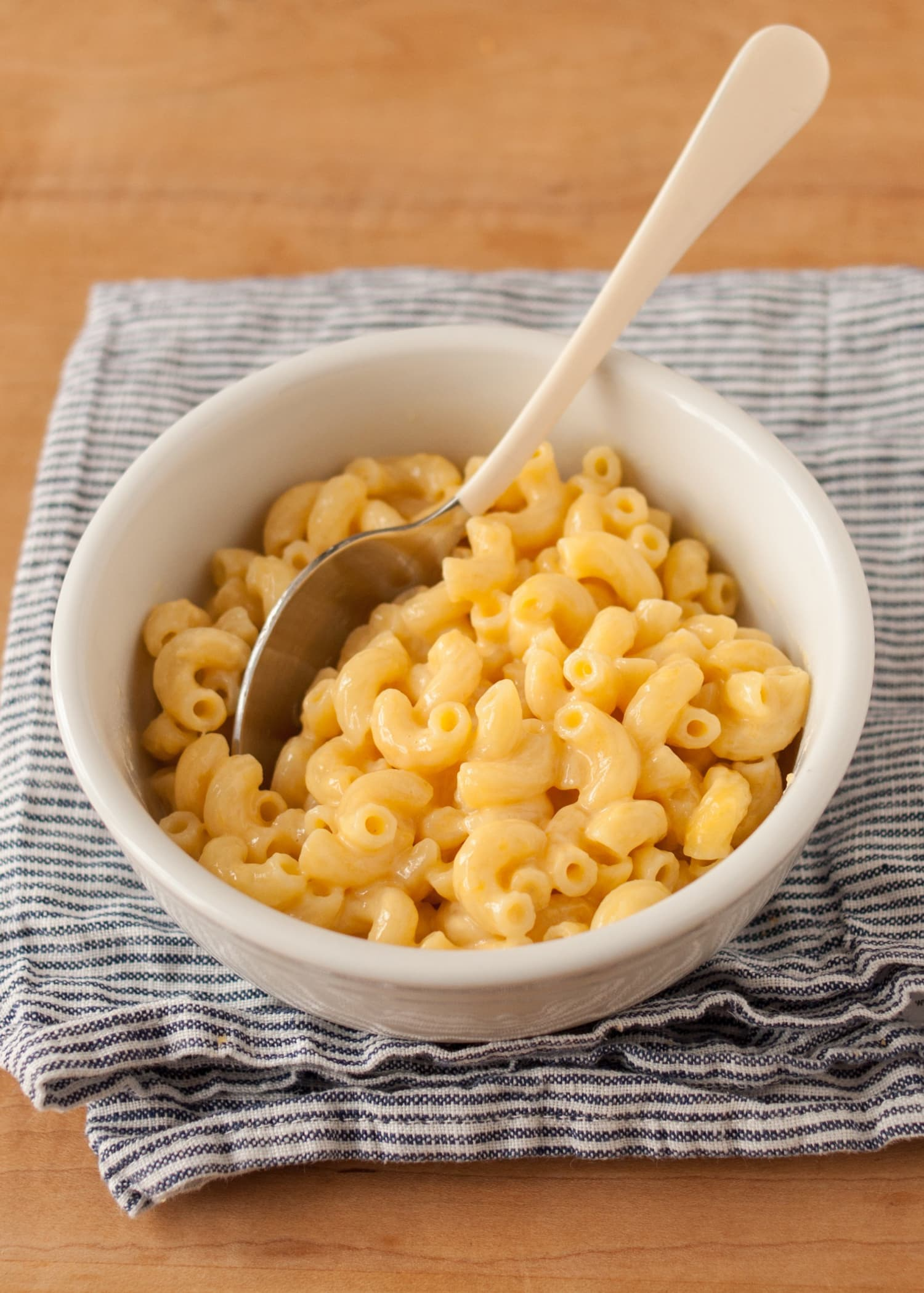 How To Make One-Bowl Microwave Macaroni and Cheese | Kitchn