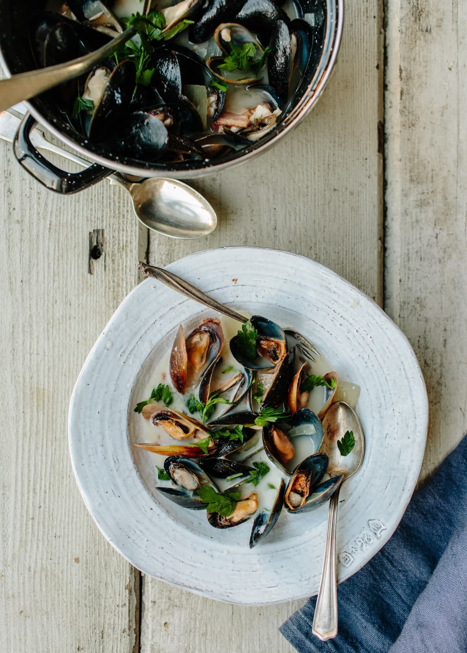 You'll Want to Eat These Mussels in Irish Cider Straight From the Pot