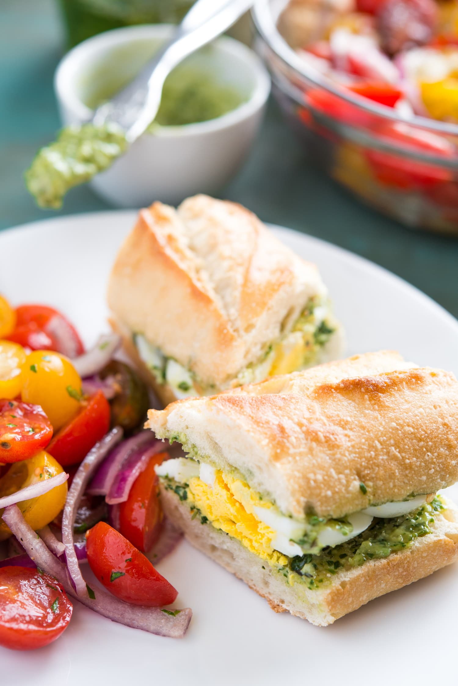 Recipe: Pesto and Egg Baguette Sandwich