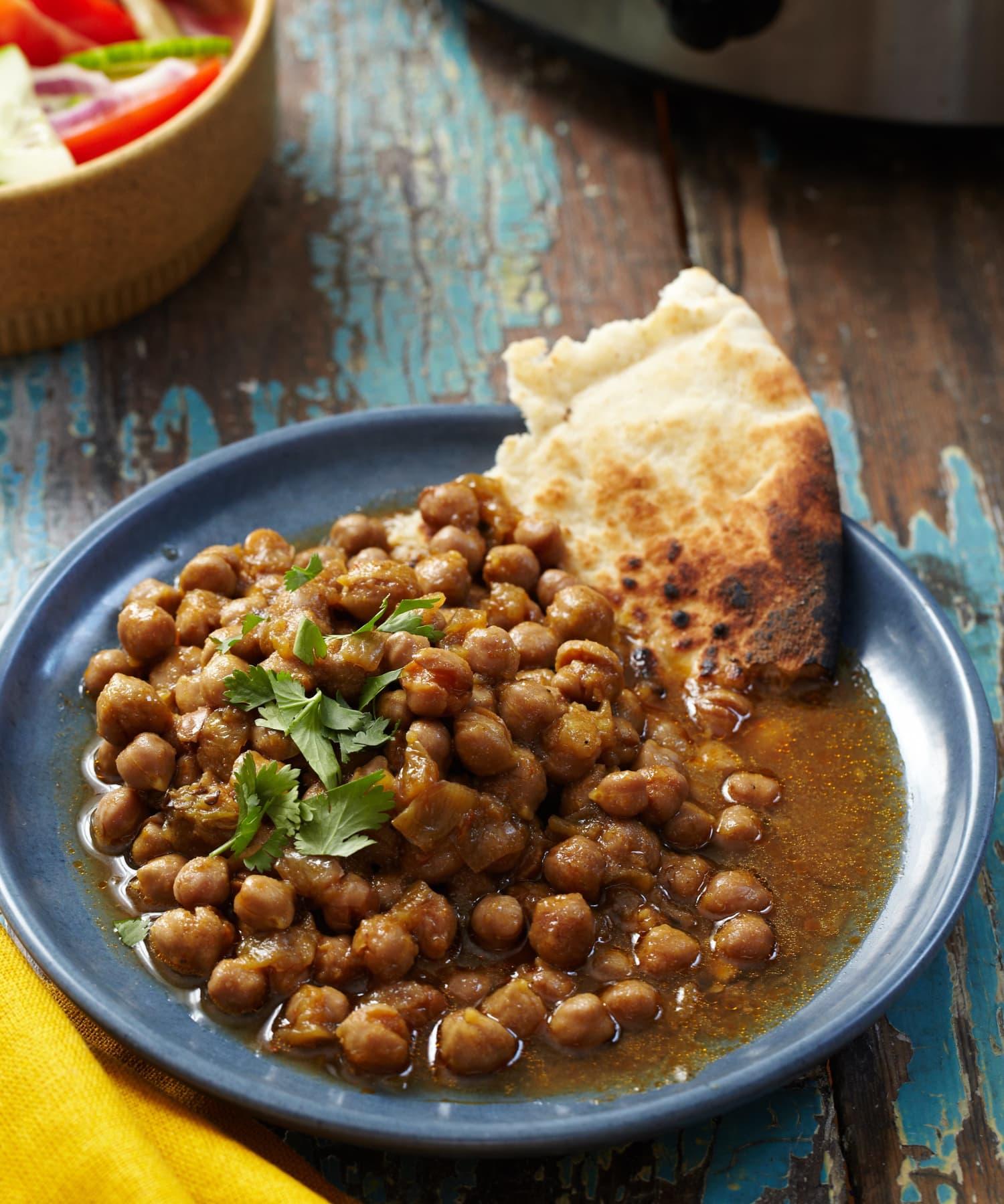 Recipe: 10-Hour Slow Cooker Chana Masala