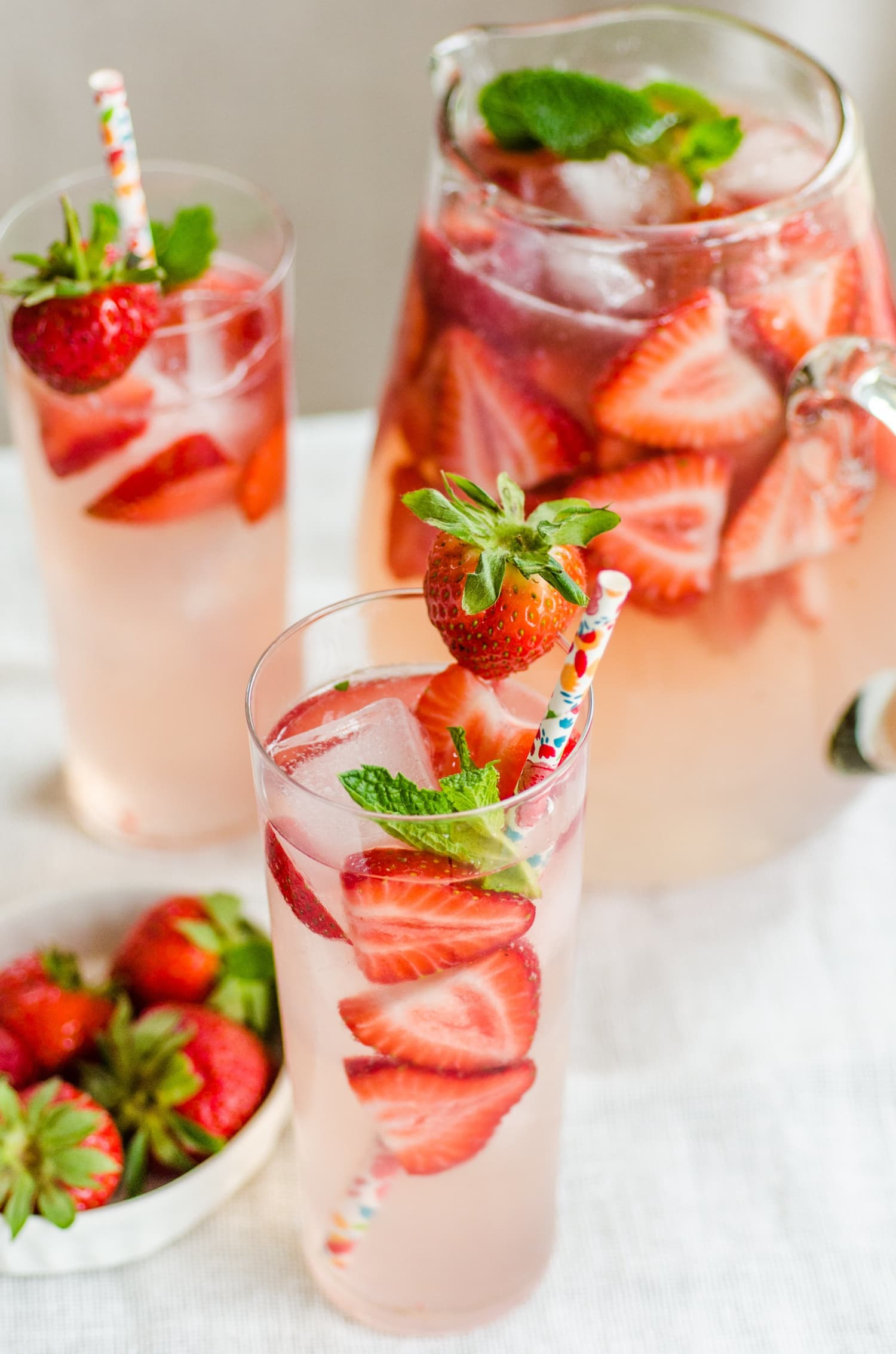18 Big-Batch Cocktails to Day Drink with Your Friends