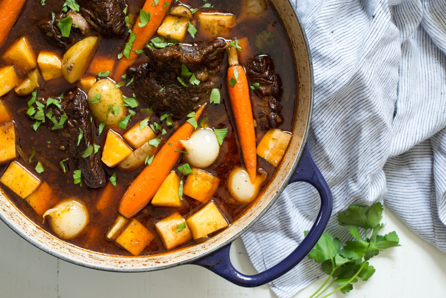 Use Your Dutch Oven: 25 Recipes to Make Right Now