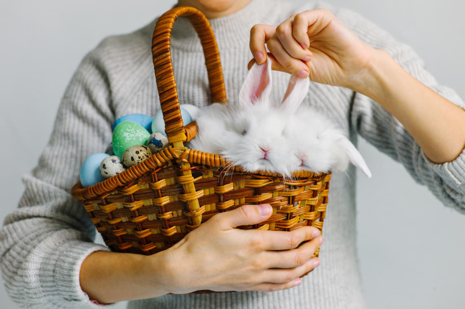 5 Tips for Building an Easter Basket for Grown-Ups