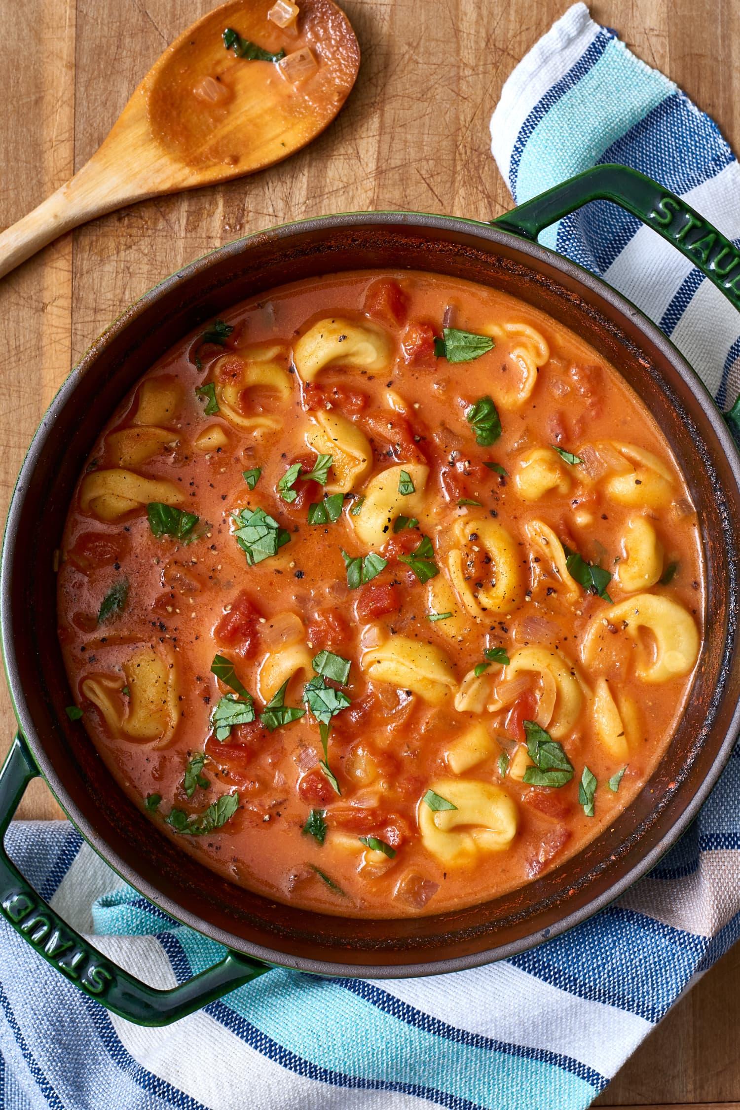Recipe: Tomato Tortellini Soup