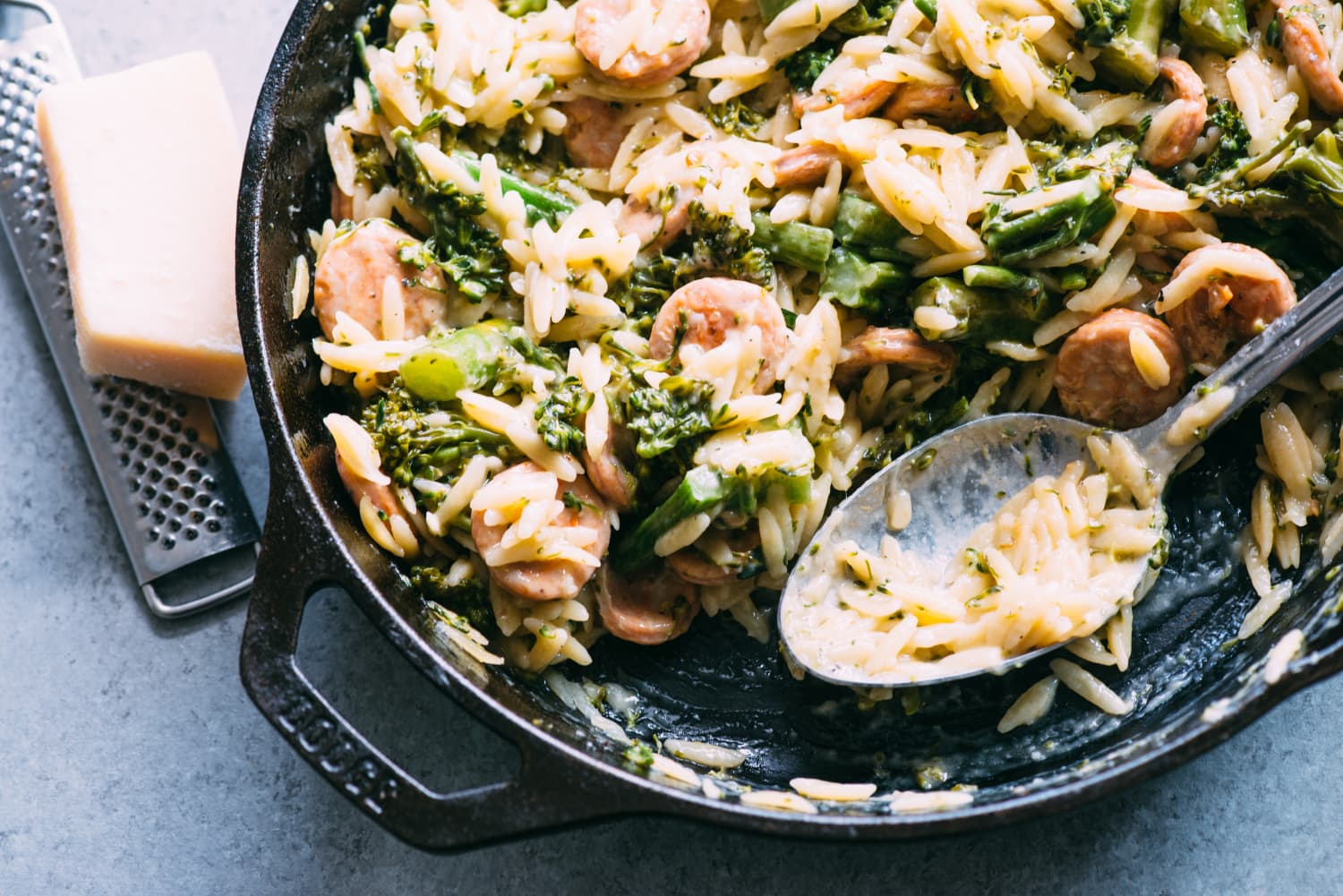 20 Quick and Easy Cast Iron Skillet Suppers