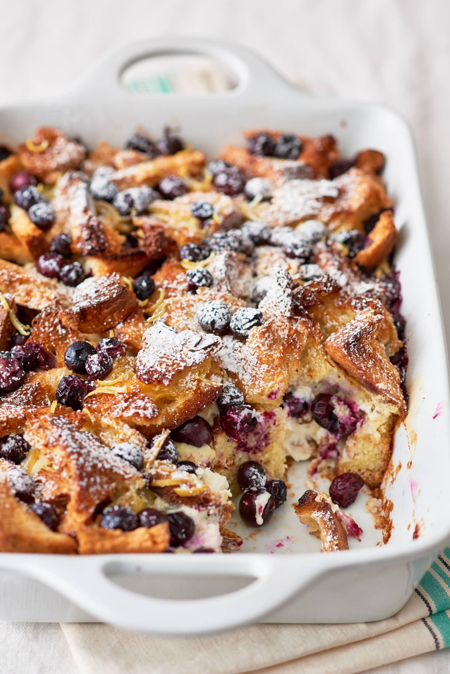 Recipe: Blueberry Cheesecake Breakfast Bake