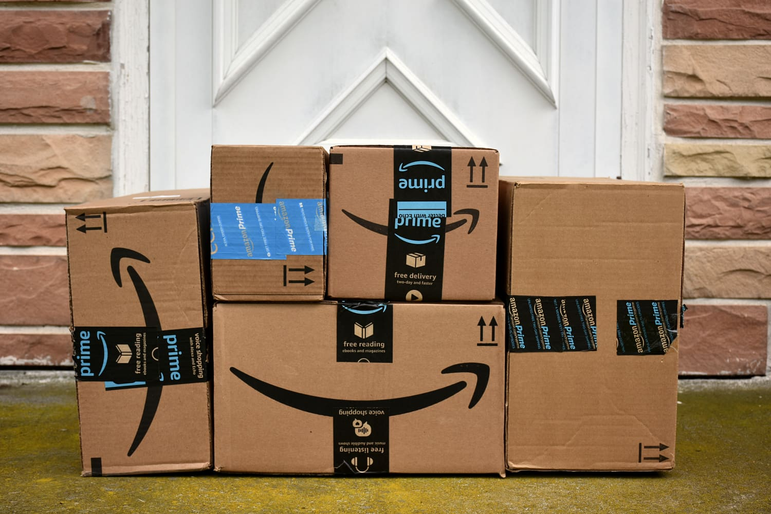 Amazon Prime Members Can Now Order Delivery from Whole Foods