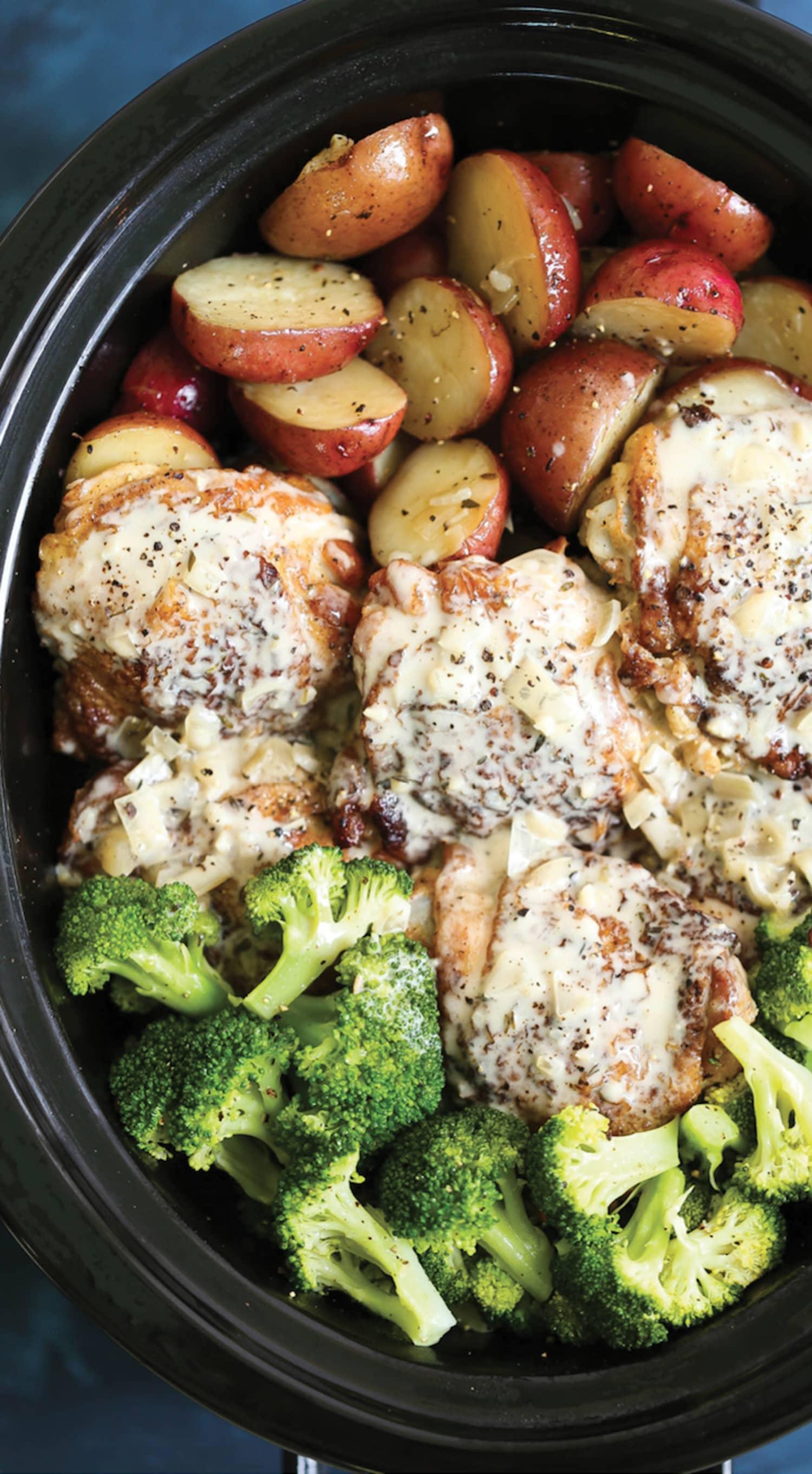 Make Creamy Garlic Chicken and Veggies in the Slow Cooker Tonight
