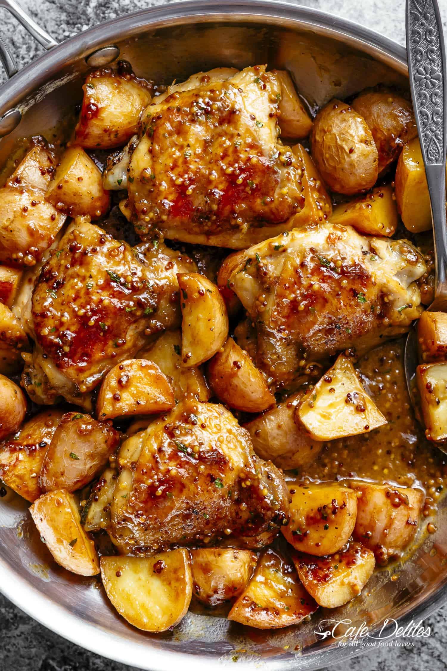 Honey-Mustard Chicken and Potatoes Is a Dinner Winner