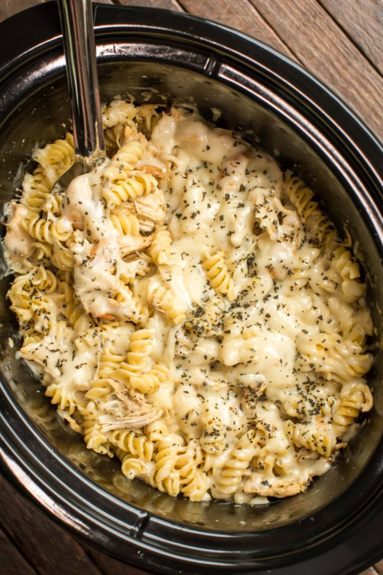 Make Slow Cooker Chicken Pesto Pasta for Dinner Tonight