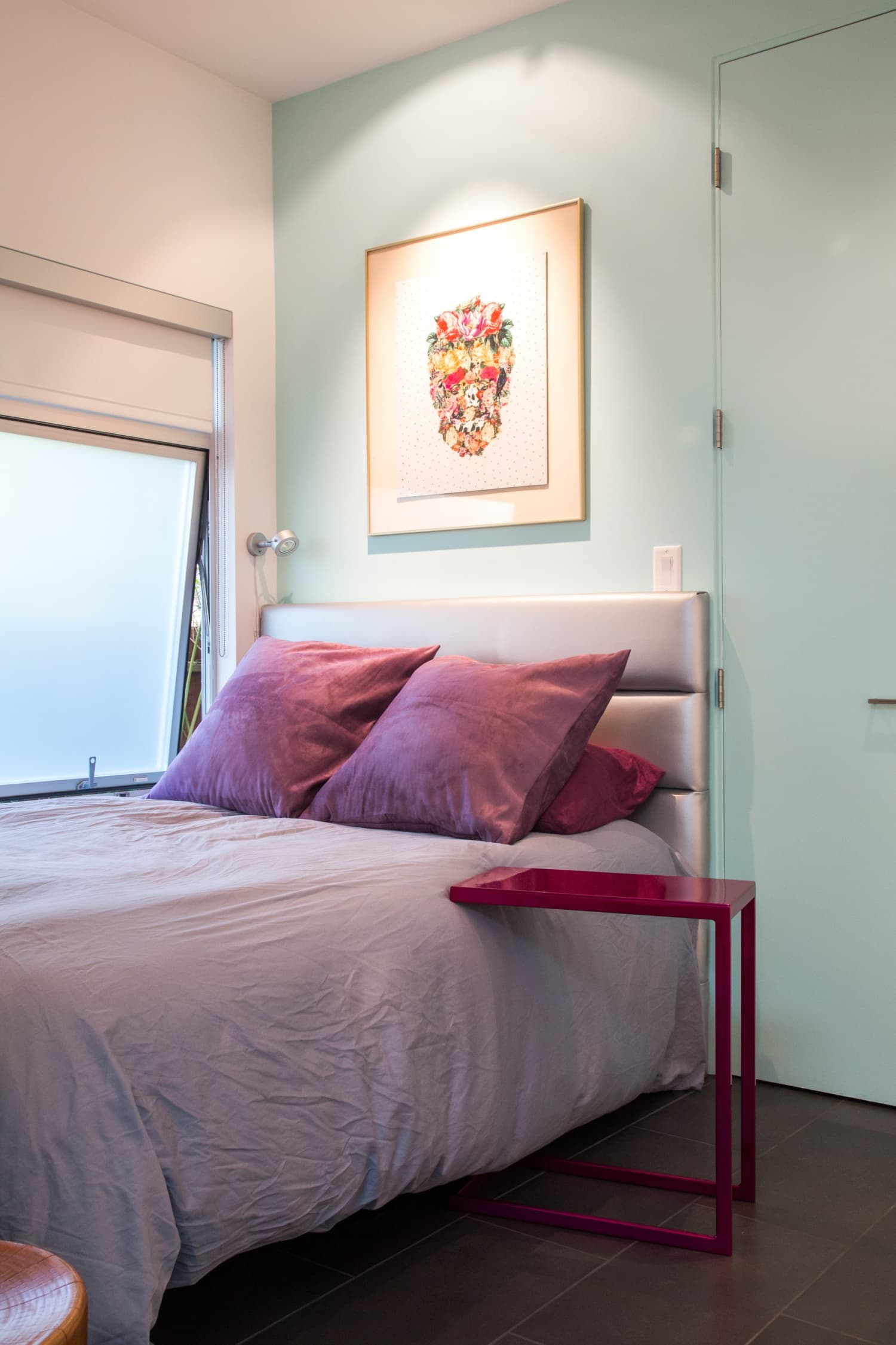 5 Small Changes to Make a Thimble-Sized Space Feel Larger