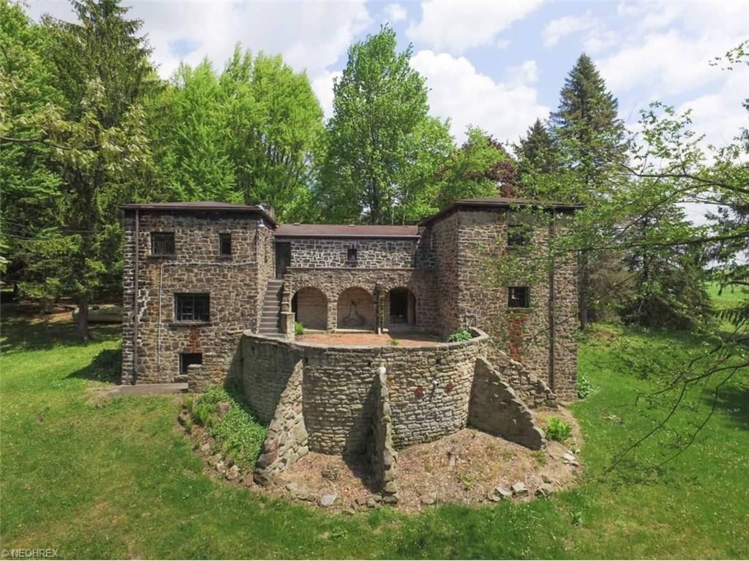 An Ohio Castle That Costs Less Than a Condo