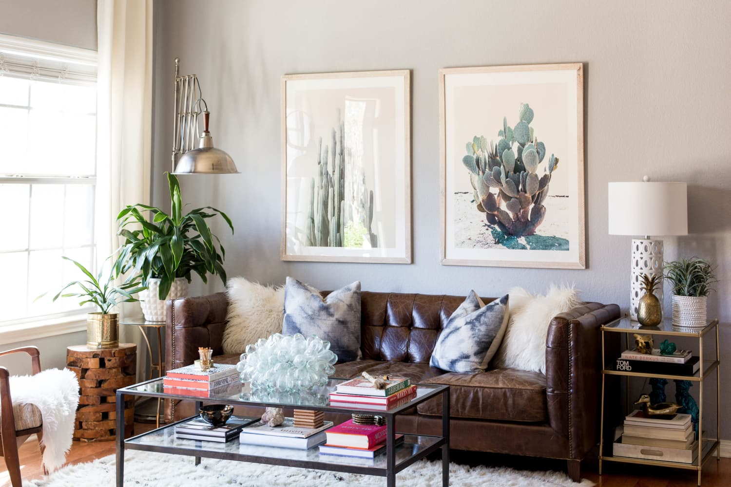 The Common Art-Hanging Mistakes We Keep Seeing Over and Over