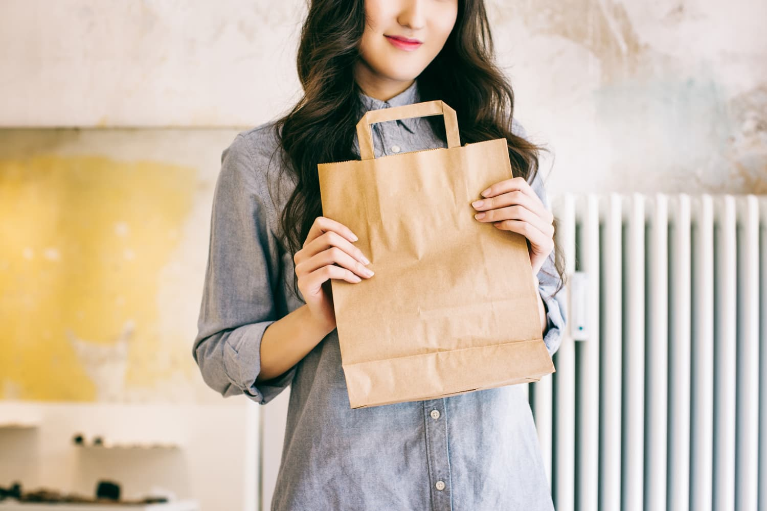 14 Reasons You Should Hang On To Those Paper Grocery Bags