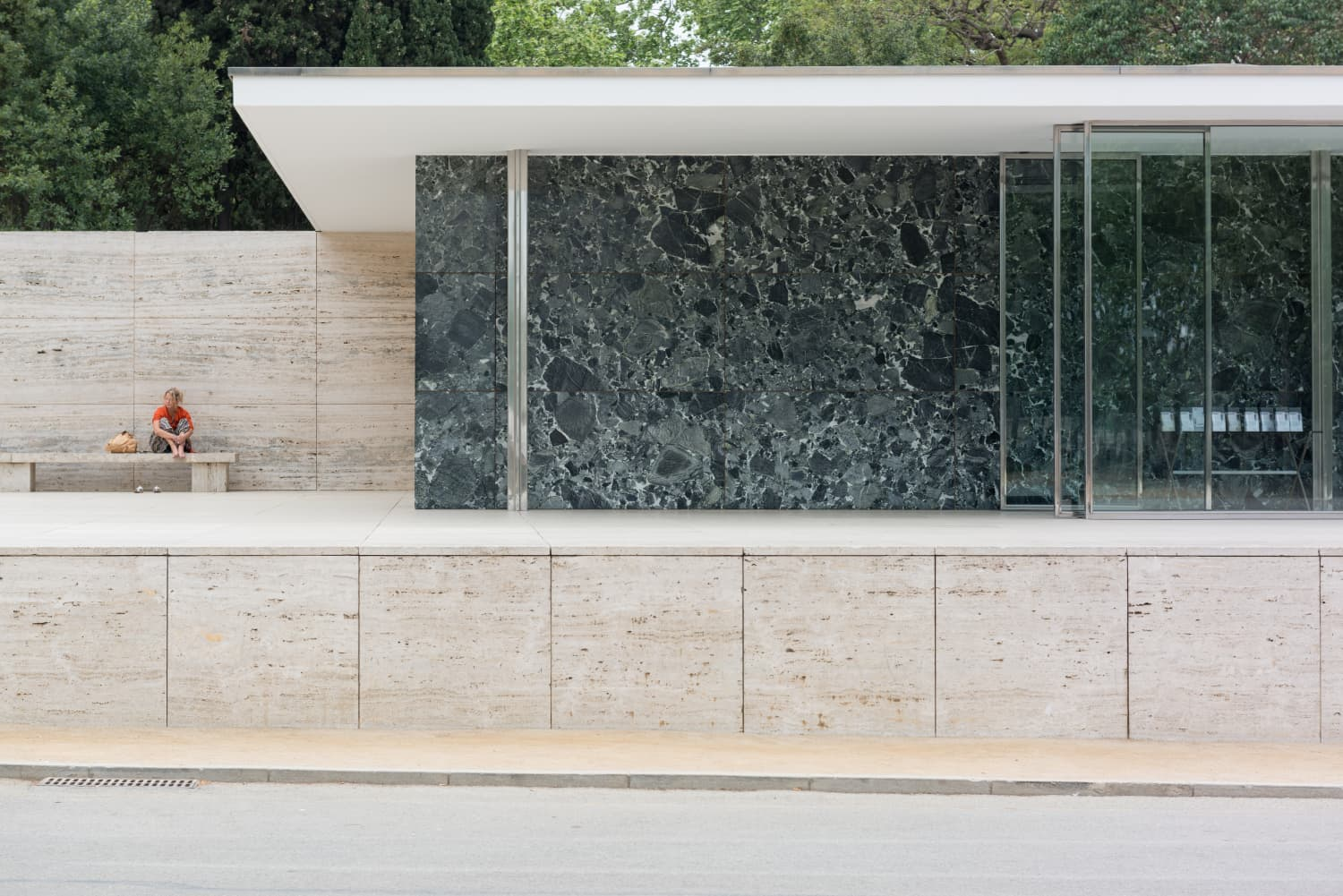 Mies Made Minimalist: The Barcelona Pavilion Gets a Temporary Facelift