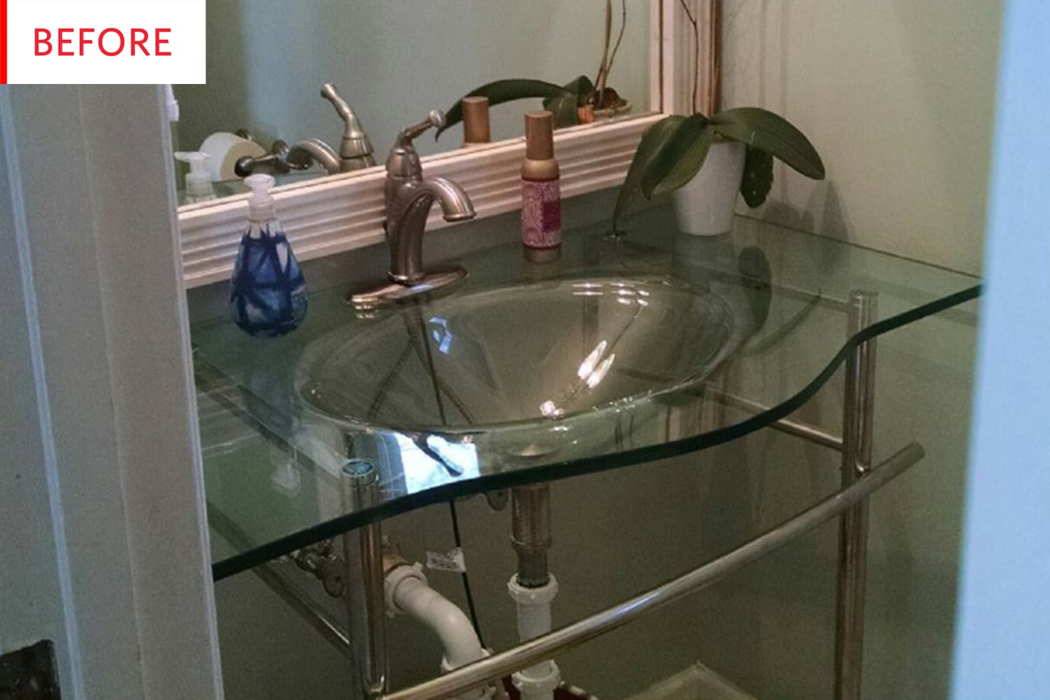 Before and After: This Bath Has a Smart Alternative to Expensive Marble Tile