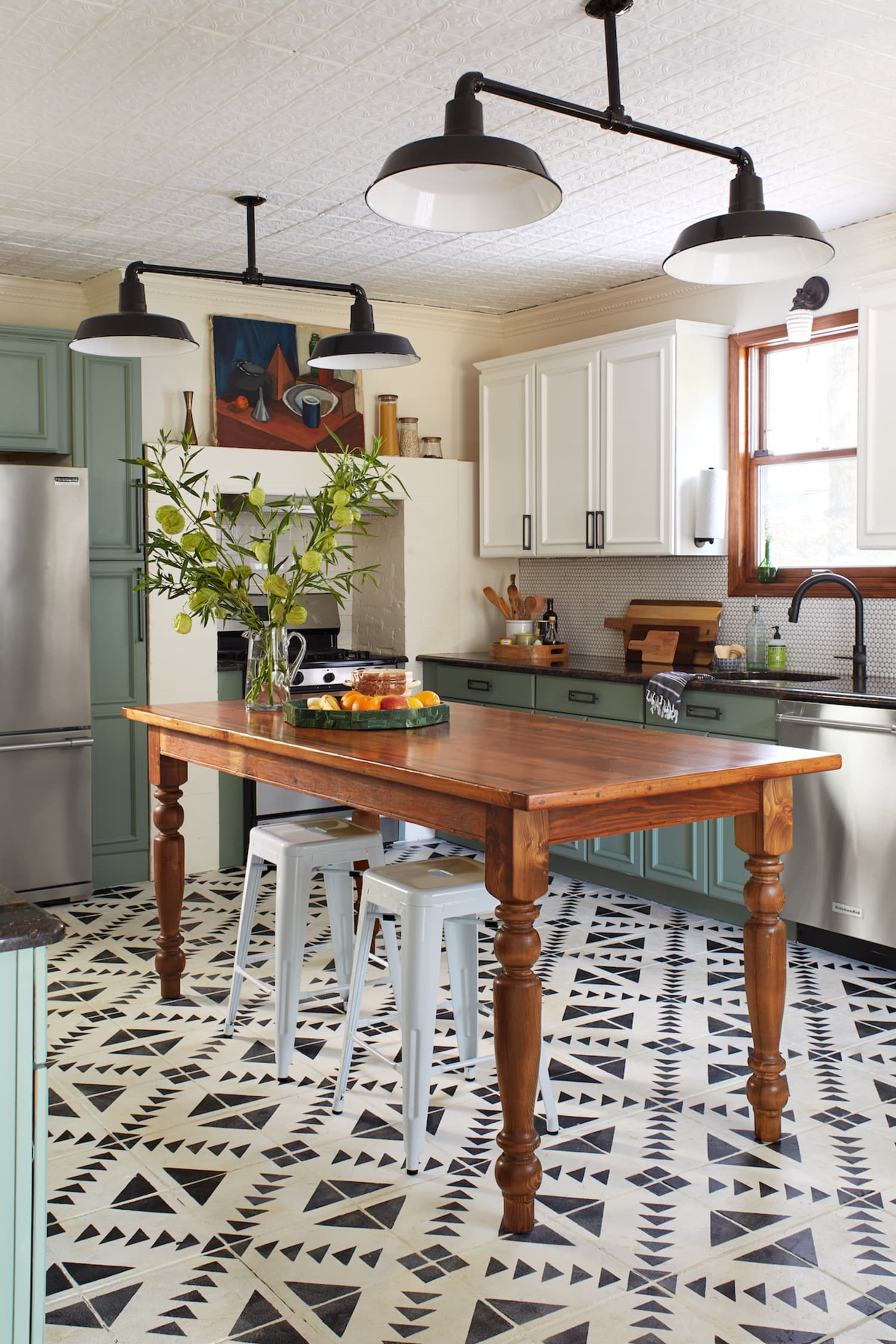 Chalk Paint Is The Practically Zero-Prep Way To Transform Your Kitchen Cabinets