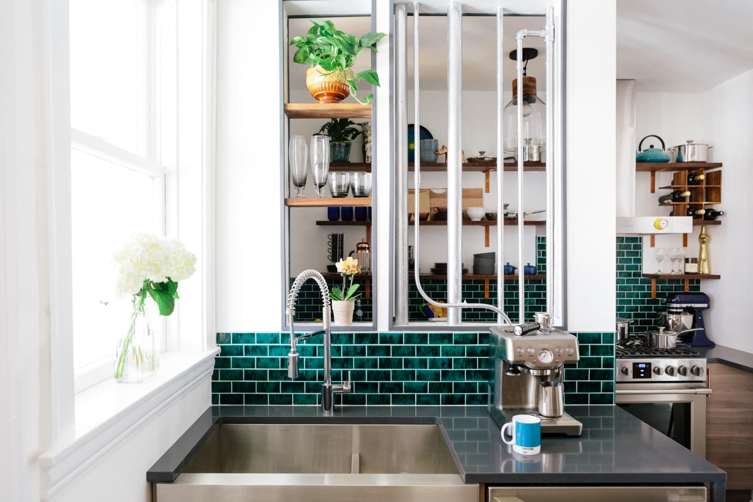 This Crackle Glaze Tile Trend is Taking Over the Kitchen and Bath