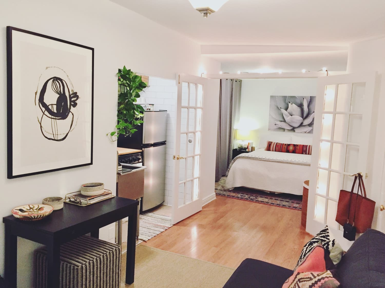 A 250-Square-Foot NYC Studio Is Tiny, but Tidy