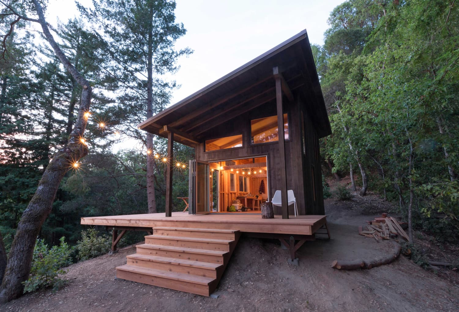 This Mountain Retreat Was Built to Escape from Urban Life