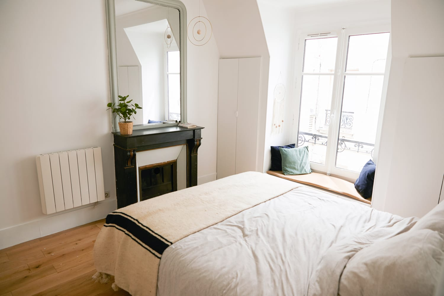 A Small and Chic Paris Apartment Maximizes Every Inch