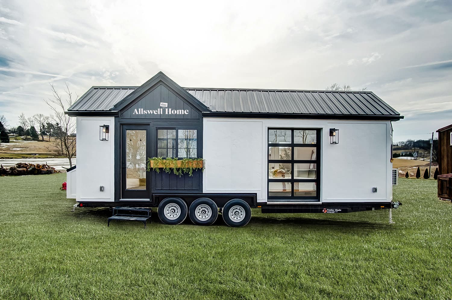 You Can Buy This 238-Square-Foot Tiny House That Fits A Queen-Sized Bed