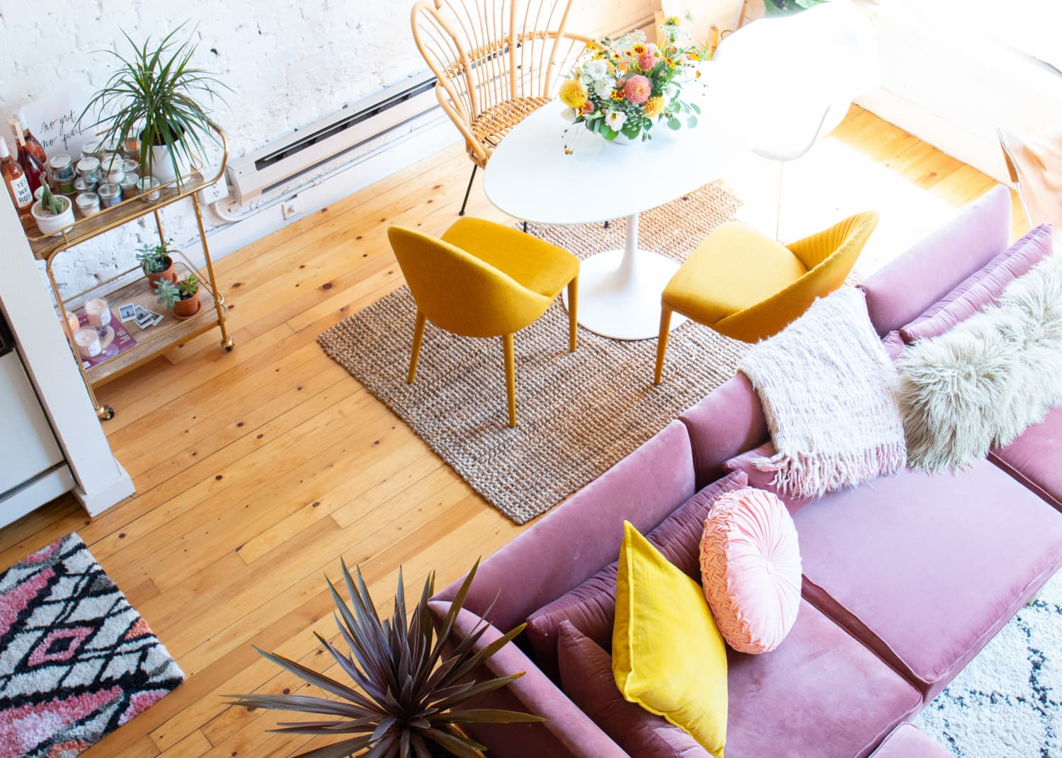 7 Design Tweaks That Will Instantly Refresh Your Small Space for Spring | Apartment Therapy