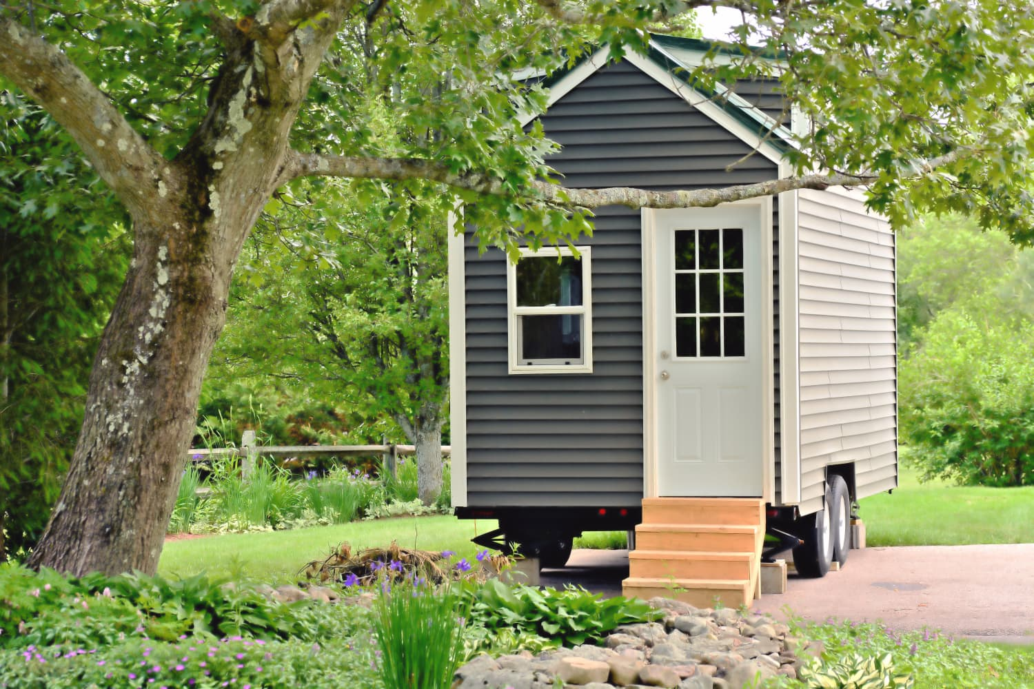 Tiny Homes on Wheels Have One Not-So-Tiny Problem: Theft